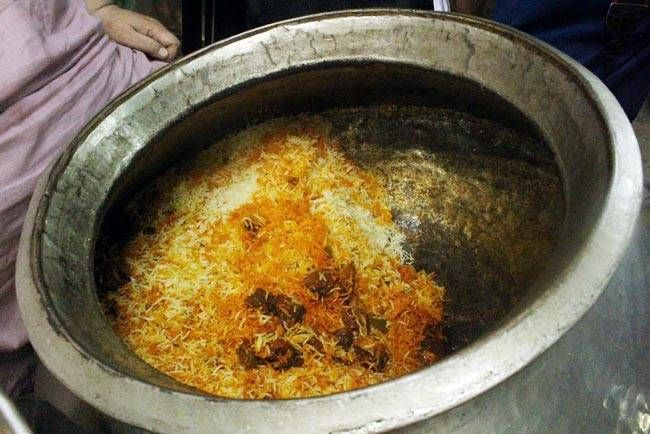 Restaurant name: Mota Biryani wala Dish: Biryani Description: The biryani here is served by weight and is too delicious to be missed. Mota Pehelwan only sells buff biryani with some flaming red chunks of meat thrown in.
