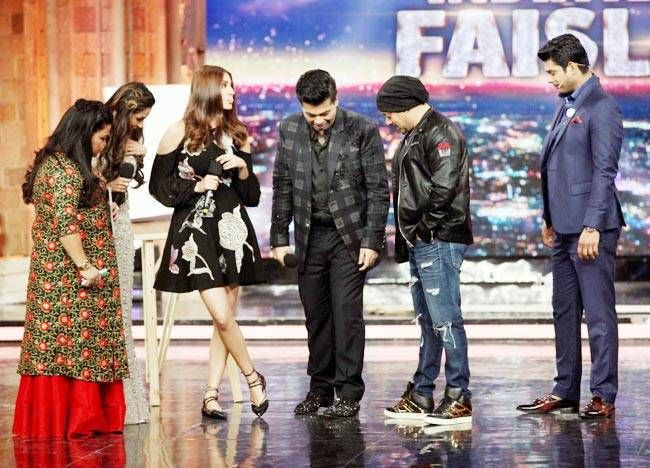 Whose shoes are more shiny- Salman's or Karan's?