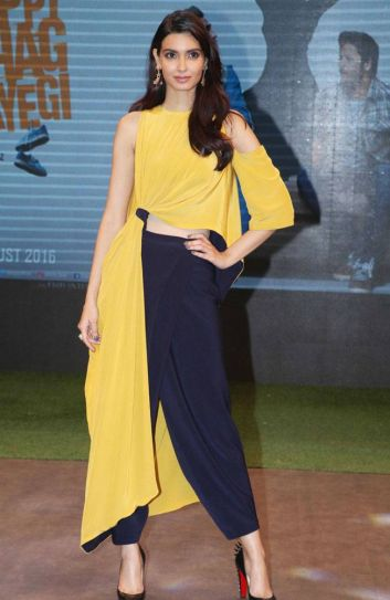 Diana Penty sizzles in yellow and blue.