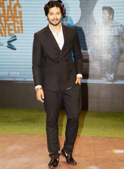 Ali Fazal looked dapper.