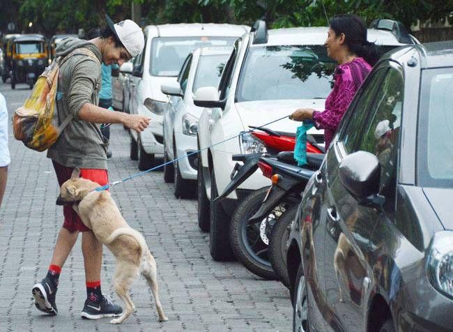 Ishaan Kapoor was clicked at Bandra.