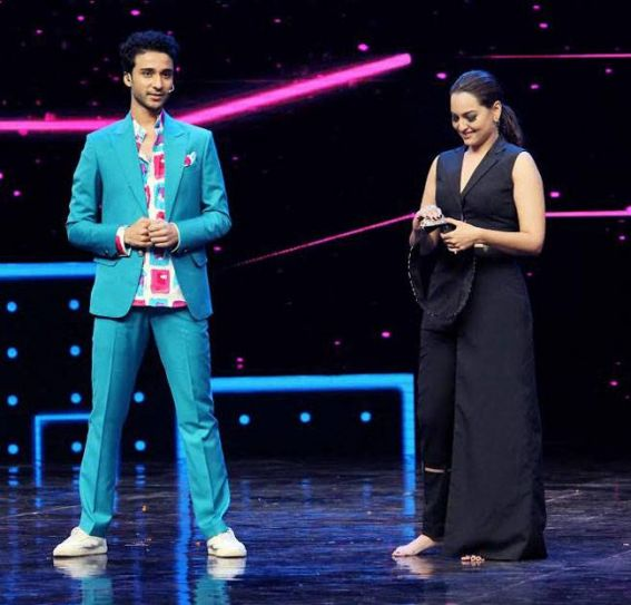 Raghav Juyal and Sonakshi Sinha