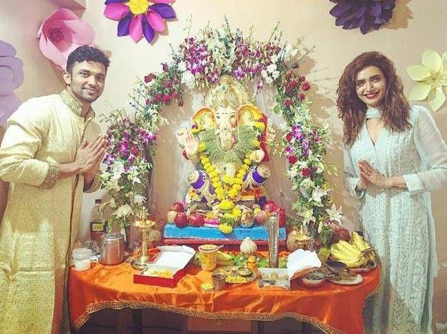 Jhalak Dikhhla Jaa contestant Karishma Tanna worshipping Lord Ganesha.