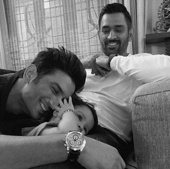 Sushant Singh Rajput with MS Dhoni and his daughter Ziva