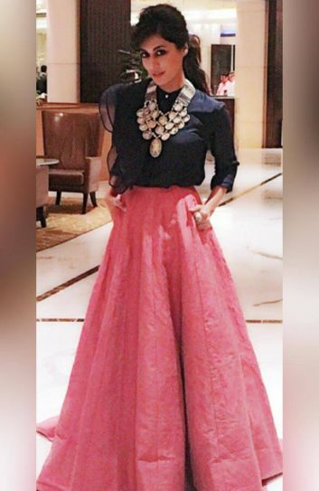 Kareena To Anushka 11 Diwali Outfit Ideas To Steal From B Town Beauties Indiatoday