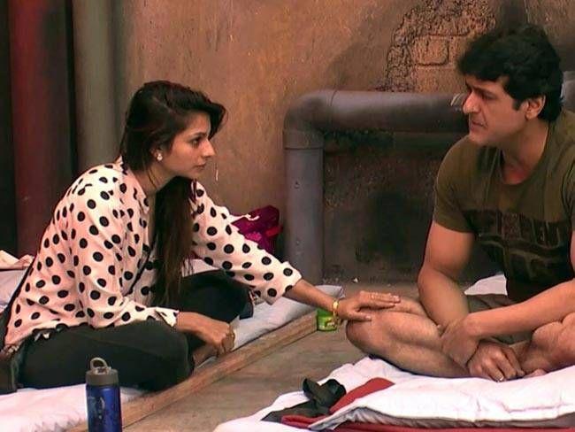 Tanisha Mukherjee and Armaan Kohli (Bigg Boss 7): Kajol's kid sister and Jaani Dushman: Ek Anokhi Kahaani actor's romance bloomed inside the Bigg Boss house.