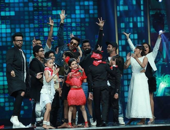 We wonder if Ranbir Kapoor would take dancing tips from these small wonders?