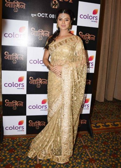Aashka Goradia will return as Avantika, the evil queen of Mashistmatis. In this pic, she looked goegeous in an embroidered sari.