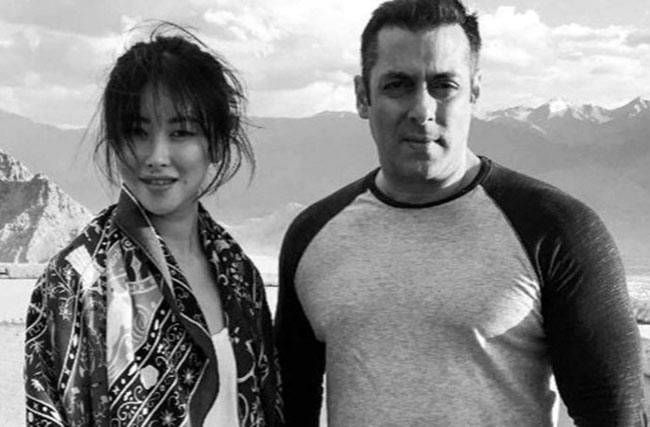 Zhu Zhu and Salman Khan