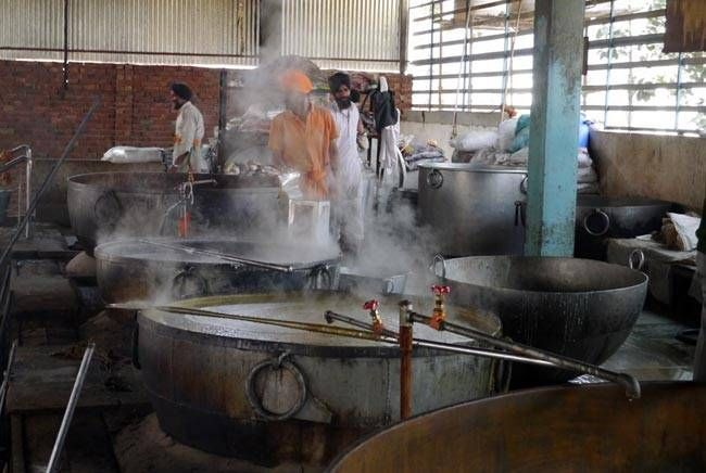 Keeping the demand in mind, the huge kitchen at the Golden Temple uses 100 LPG cylinders and 5,000 kilos of fuel every day.