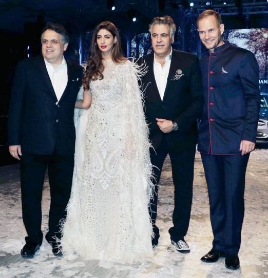 Shweta Bachchan Nanda poses with designers Abu Jani and Sandeep Khosla during the launch of their new line.