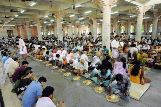 The huge serving hall at the Dharamthala Manjunath Temple in Udupi was made to serve 2500 people at a time.