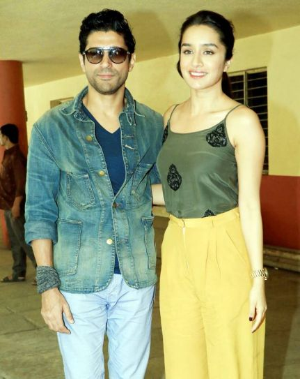 Farhan Akhtar and Shraddha Kapoor during Rock On 2 promotions
