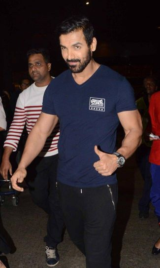 John Abraham at airport