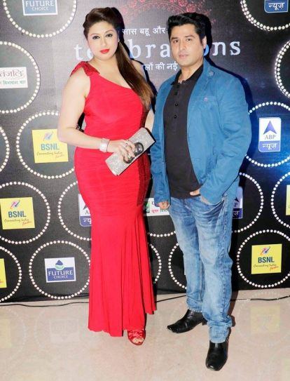 Vivian Dsena's estranged wife Vahbiz Dorabjee with actor Pankit Thakker.