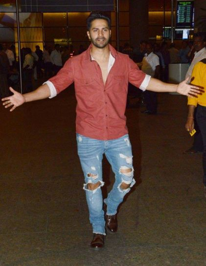 Varun Dhawan at airport