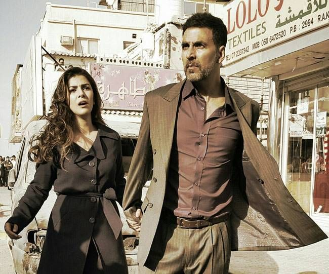 Nimrat Kaur and Akshay Kumar in a still from Airlift
