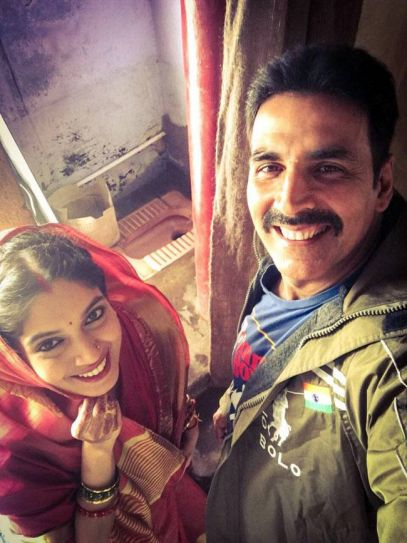 Akshay Kumar and Bhumi Pednekar on the sets of Toilet Ek Prem Katha
