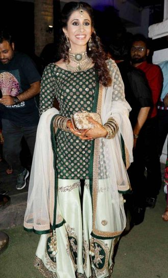 Bride-to-be Kishwer Merchantt looks gorgeous in her green sangeet outfit.