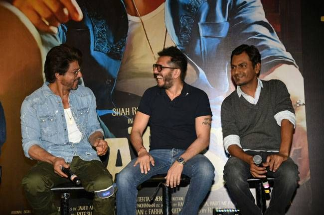 Shah Rukh Khan, Ritesh Sidhwani and Nawazuddin Siddiqui at the Raees trailer launch