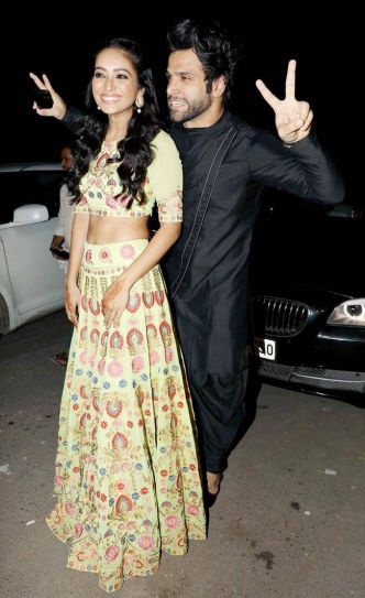 Rithvik Dhanjani and girlfriend Asha Negi seem to be in mischievous mood.
