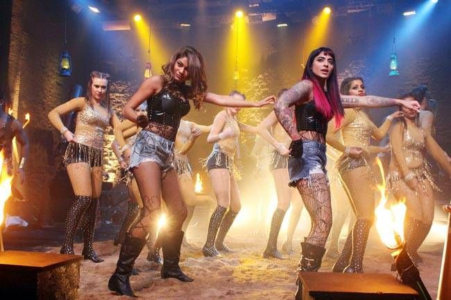 Jaani Dushmans Bani Judge and Lopamudra Raut will join hands to shake a leg together on this Dhaakad number.