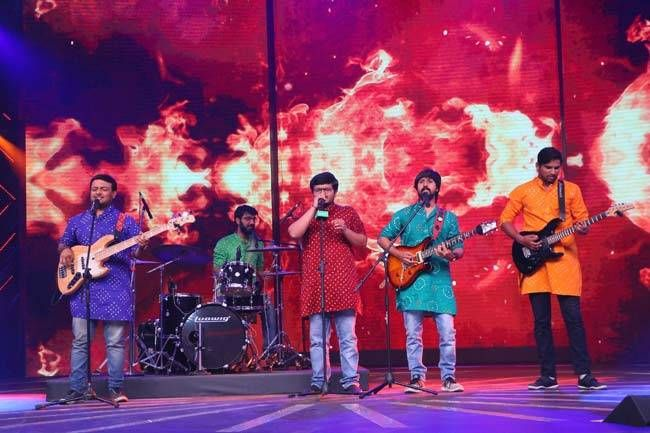 Meghdhanush, a classical rock band from Ahmedabad is also a part of Rising Star.