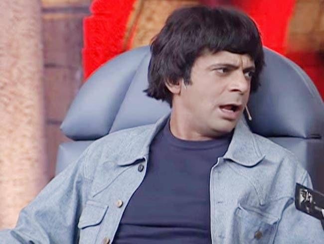 Sunil Grover as Dharam Paaji