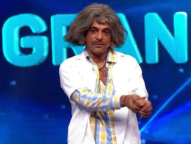 Sunil Grover as Doctor Mashoor Gulati
