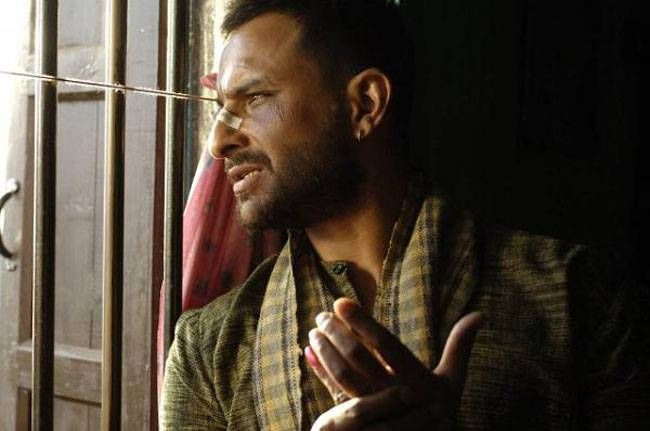 Hailed as one of Saif Ali Khan's performances, Langda Tyagi in Vishal Bharadwaj's Omkara is a far cry from the stylish and suave persona of the actor. What you get is a spiteful and foul-mouthed scoundrel who steals the show.