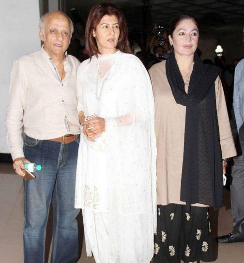 Mukesh Bhatt, Sangeeta Bijlani and Pooja Bhatt