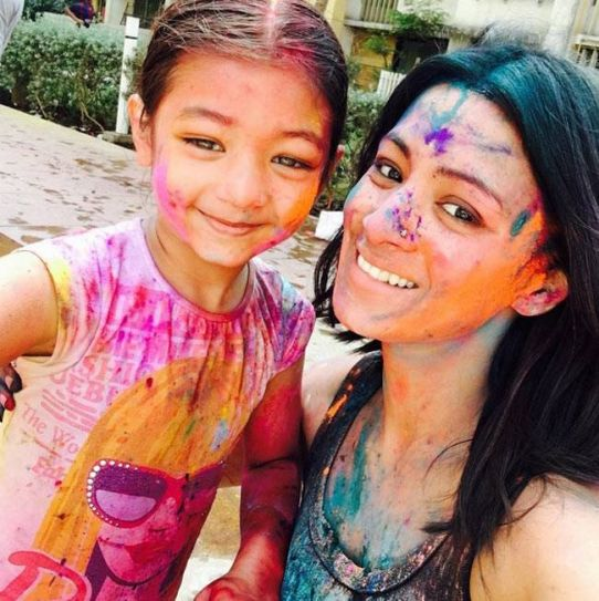 Barkha Bisht with daughter
