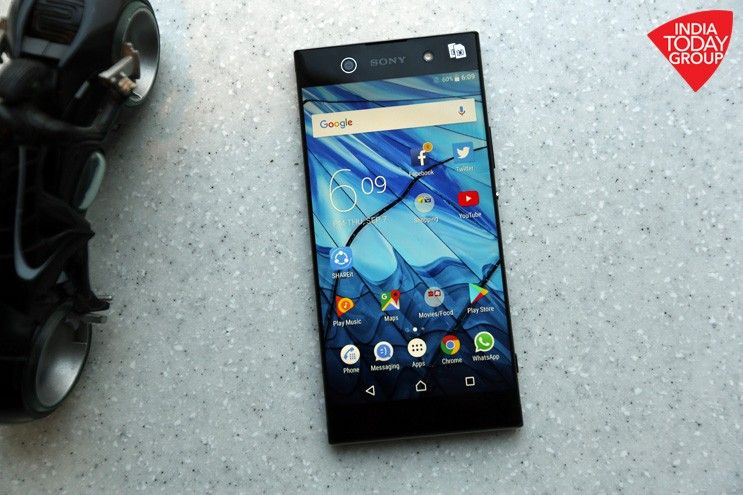 The Sony XA1 Ultra is aimed at multimedia enthusiasts with its 6-inch display, 16MP front camera with optical image stabilisation, 23MP rear camera and near bezel-less design.