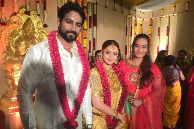 See Inside Photos Of Bhavana And Naveen S Wedding