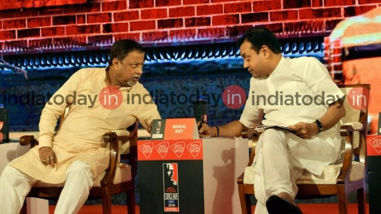Mukul Roy (L) and Sambit Patra
