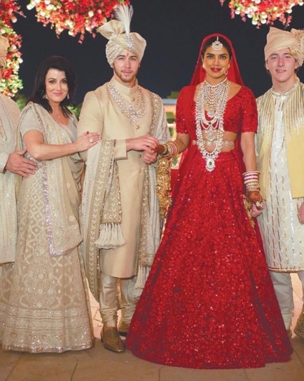 Priyanka Chopra Is A Breathtaking Bride In New Photos From Hindu
