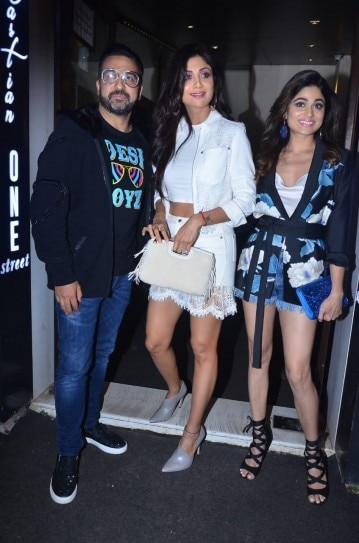 Shilpa Shetty and Raj Kundra host birthday bash for stand-up comic Russell Peters. See pics