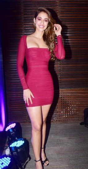 Disha Patani Is Sensuous In Crimson Mini Dress At Malang Success Party See Pics Indiatoday