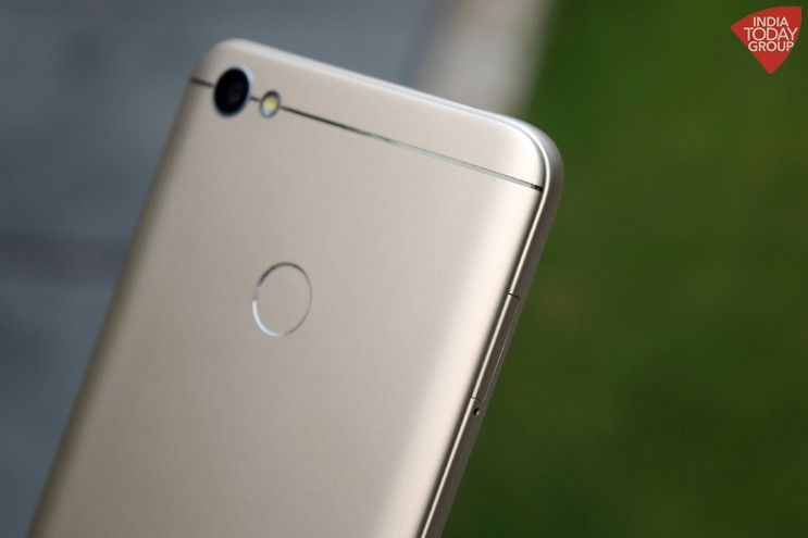 Xiaomi has launched two new ultra-affordable Redmi phones, the Y1 Lite and the Y1, in India. The Y1 Lite and the Y1, according to Xiaomi, belong to a whole new series of phones that will be primarily targeted towards the youth looking for a big screen and