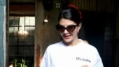 Jacqueline Fernandez goes out with friends flaunting her abs and carrying Rs 1.8 lakh bag Photo: Yogen Shah