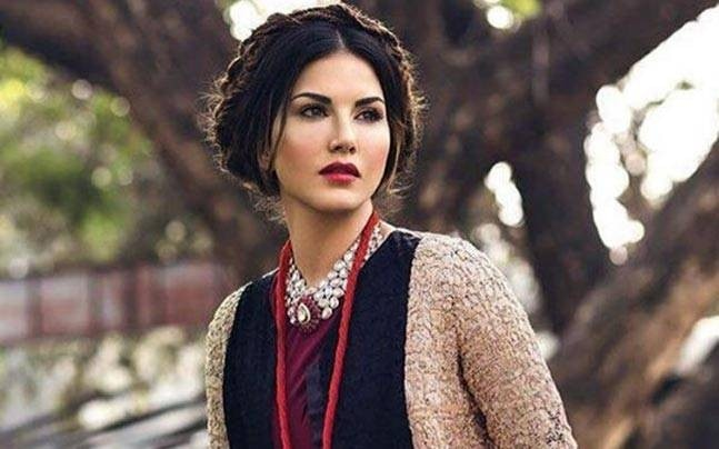 Karnataka HC bats for Sunny Leone, asks why she is being