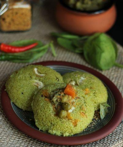 Spinach idli. Picture courtesy: Pinterest