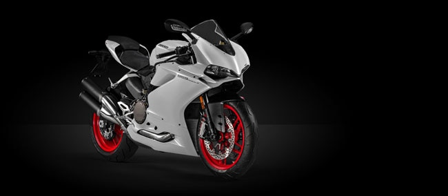 Ducati India will be launching the youngest Panigale, the 959 Panigale, in India on May 21. Showcased at the India Bike Week 2016 in February, Ducati will officially launch the 959 Panigale for a starting price of Rs 14.04 lakh (ex showroom, New Delhi).