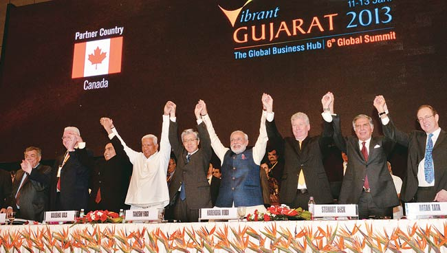 Narendra Modi with business leaders at the summit