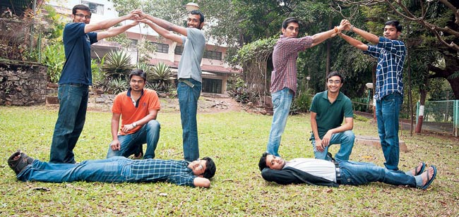 Housing.com co-founder Advitiya Sharma (in green T-shirt) with a group of students at IIT-Bombay. The start-up has 120 IITians in its workforce of 800