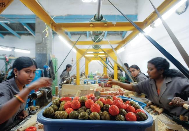 Women artisans at Maya Organic's factory in Channapatna