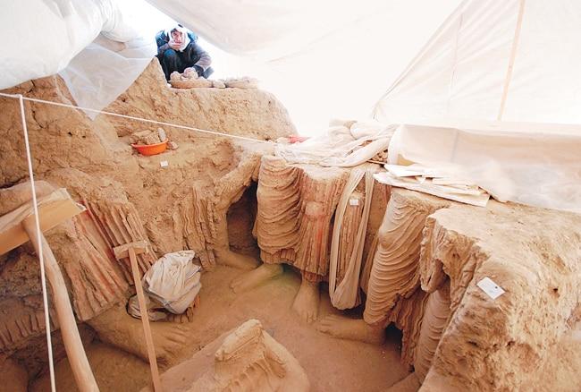 Massive Buddha statues discovered at Mes Aynak