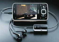 3G Gizmo: One can watch streaming movies on the mobile phone