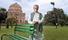 The World Bank's country head, Roberto Zagha, seen here in New Delhi's Lodhi Garden, adopted Indian attire during his 44-month tenure. At formal events, even allegedly at a Bank meeting in Washington, D.C., he was resplendent in <em>dhoti and kurta</em>.