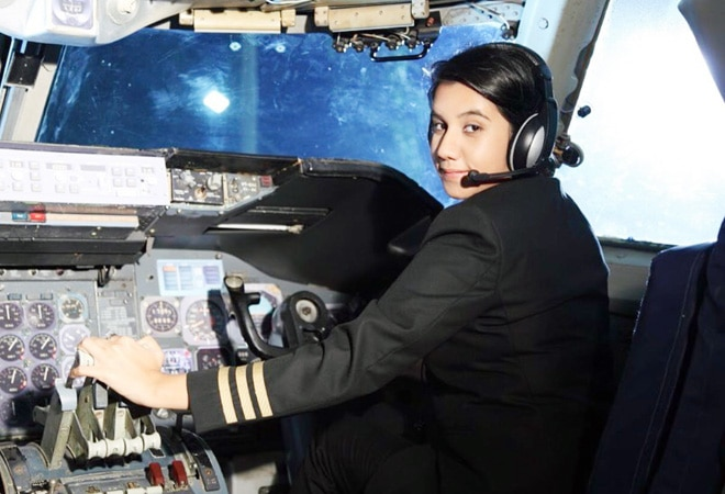 25-year-old from Kashmir becomes India's youngest female pilot